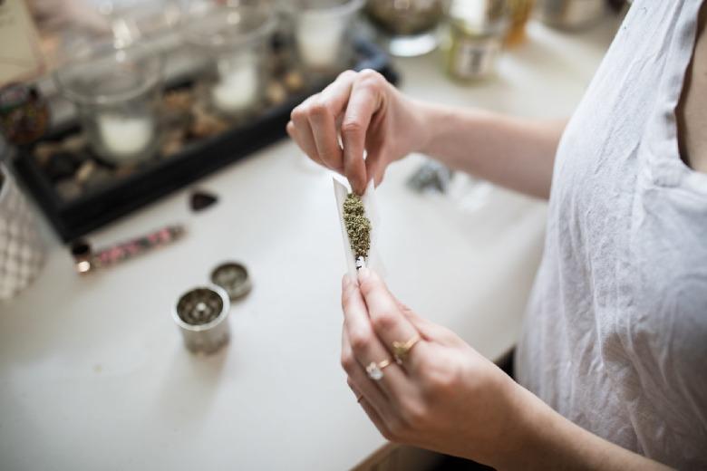 Rauchen von leichtem Marihuana in Deutschland